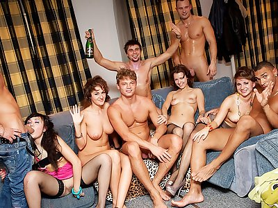 Rock-hard college girl ass-fuck hook-up at B-day pound party